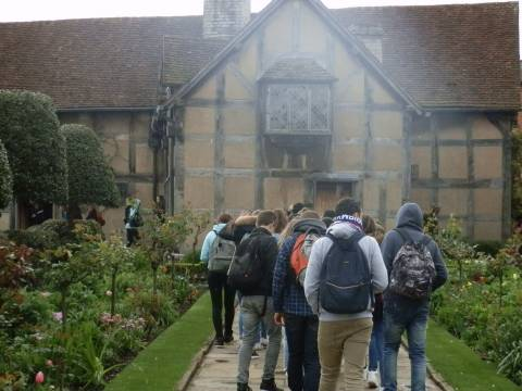 5 SHAKESPEARES BIRTH HOUSE
